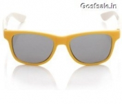 Loot Deal – FASTRACK PC002BK10 Yellow White Grey Wayfarer Sunglasses @ Rs.265 Only – Flipkart